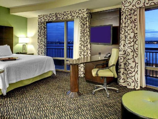 Hampton Inn & Suites Baton Rouge