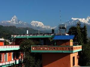 關於新博卡拉飯店 (New Pokhara Lodge)