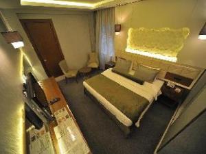 Economic Star Hotel Suite