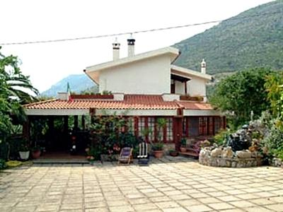 Villa Ida Bed And Breakfast