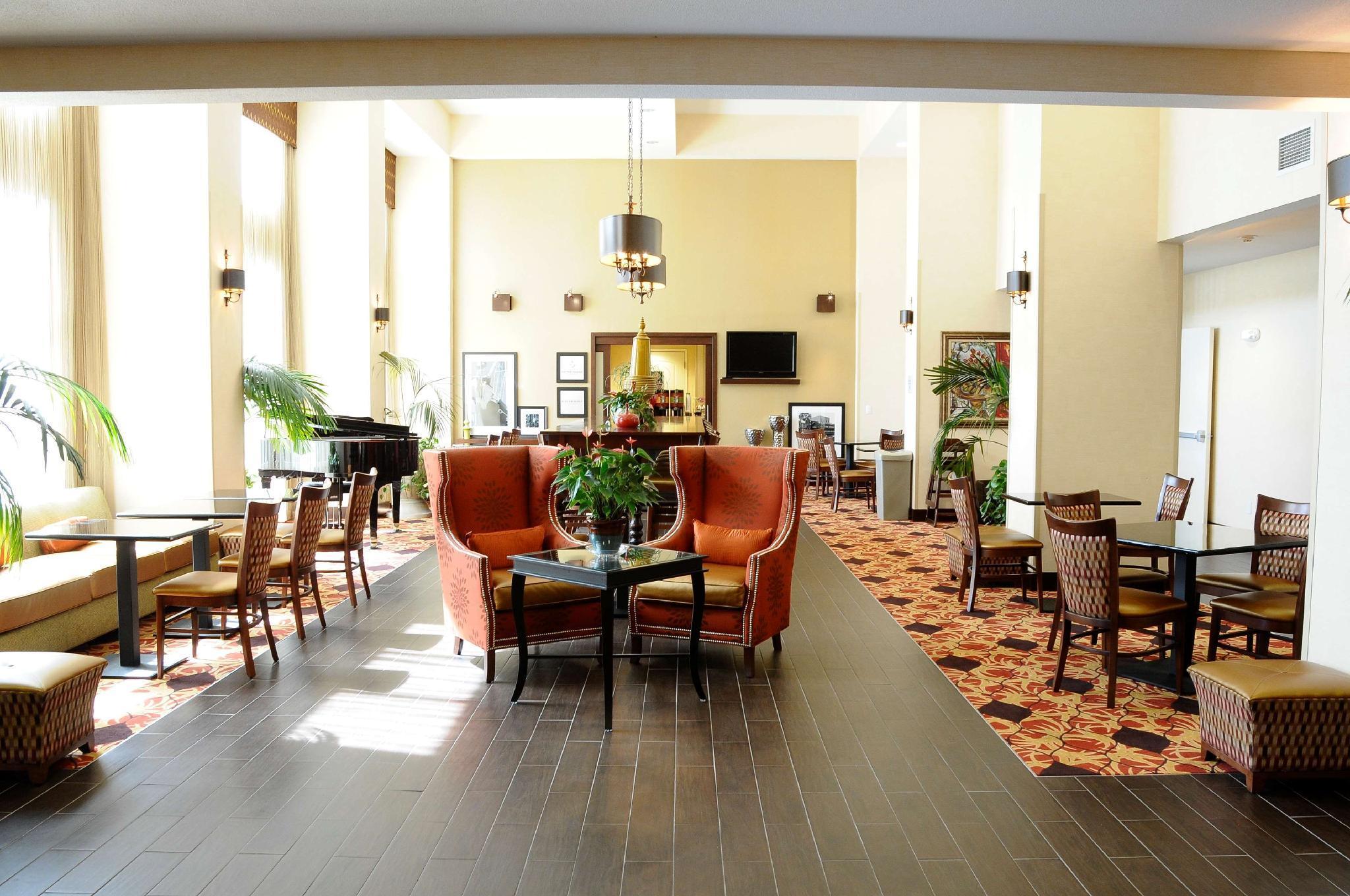 Hampton Inn And Suites Redding