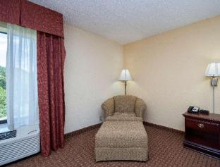 Фото отеля Hampton Inn Travelers Rest