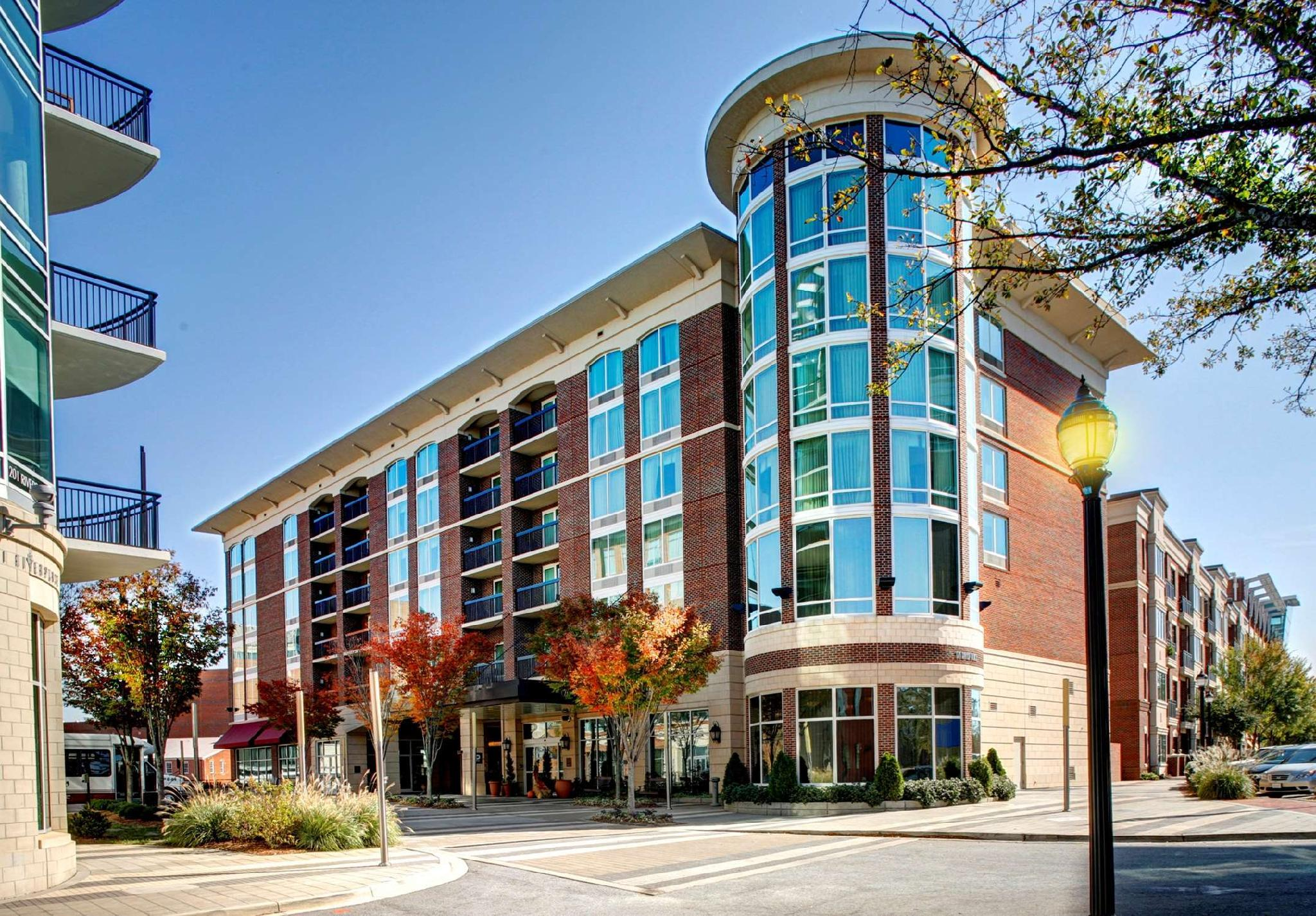 Hampton Inn And Suites Greenville Downtown