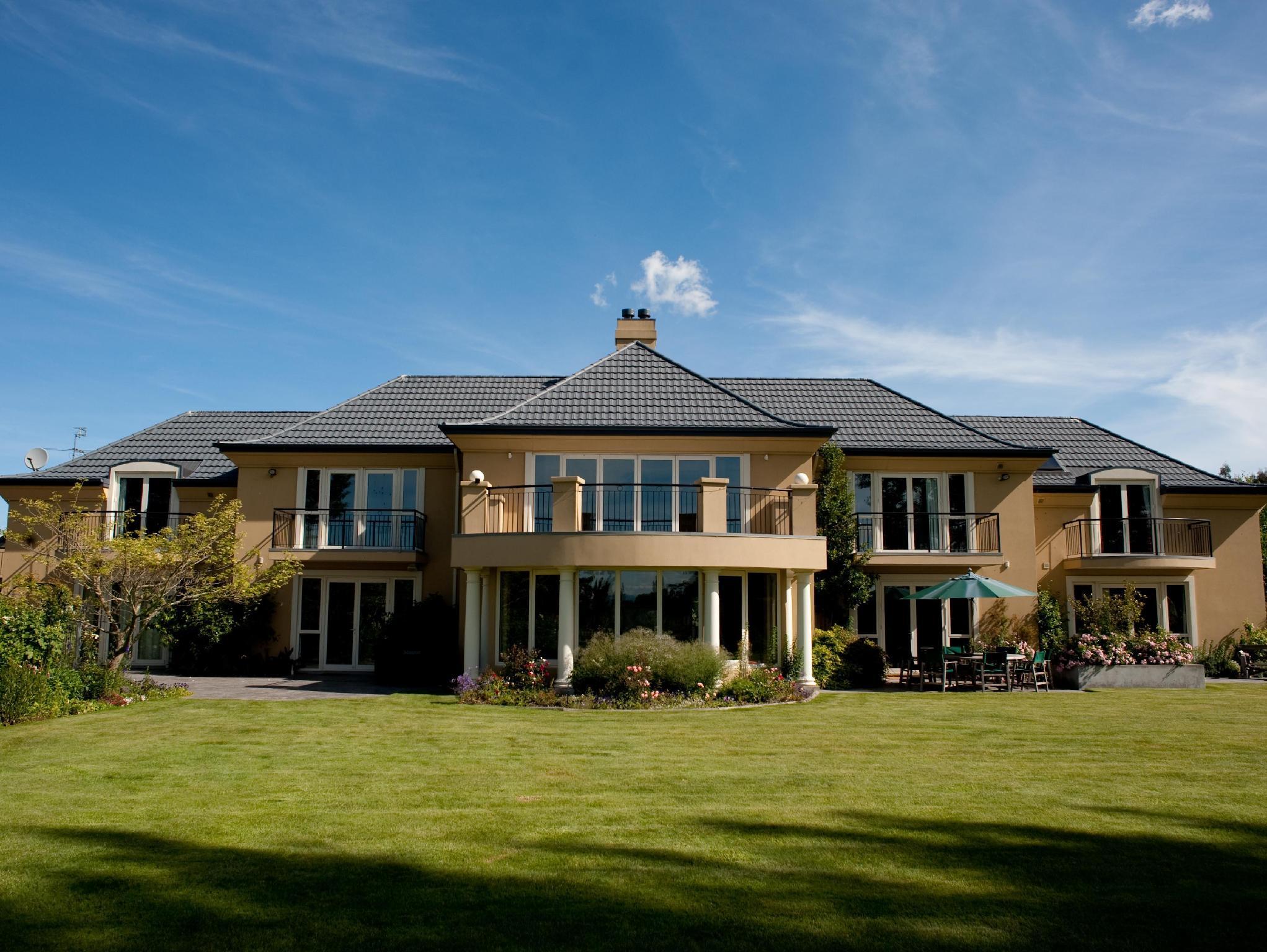 Arcadia Estate
