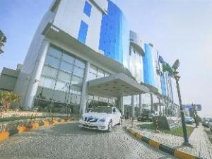 한눈에 보는 골든 튤립 부라이다 알 카심 호텔 (Golden Tulip Buraidah Al Qassim Hotel)