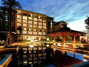 Xinjin Celebrity City Hotel