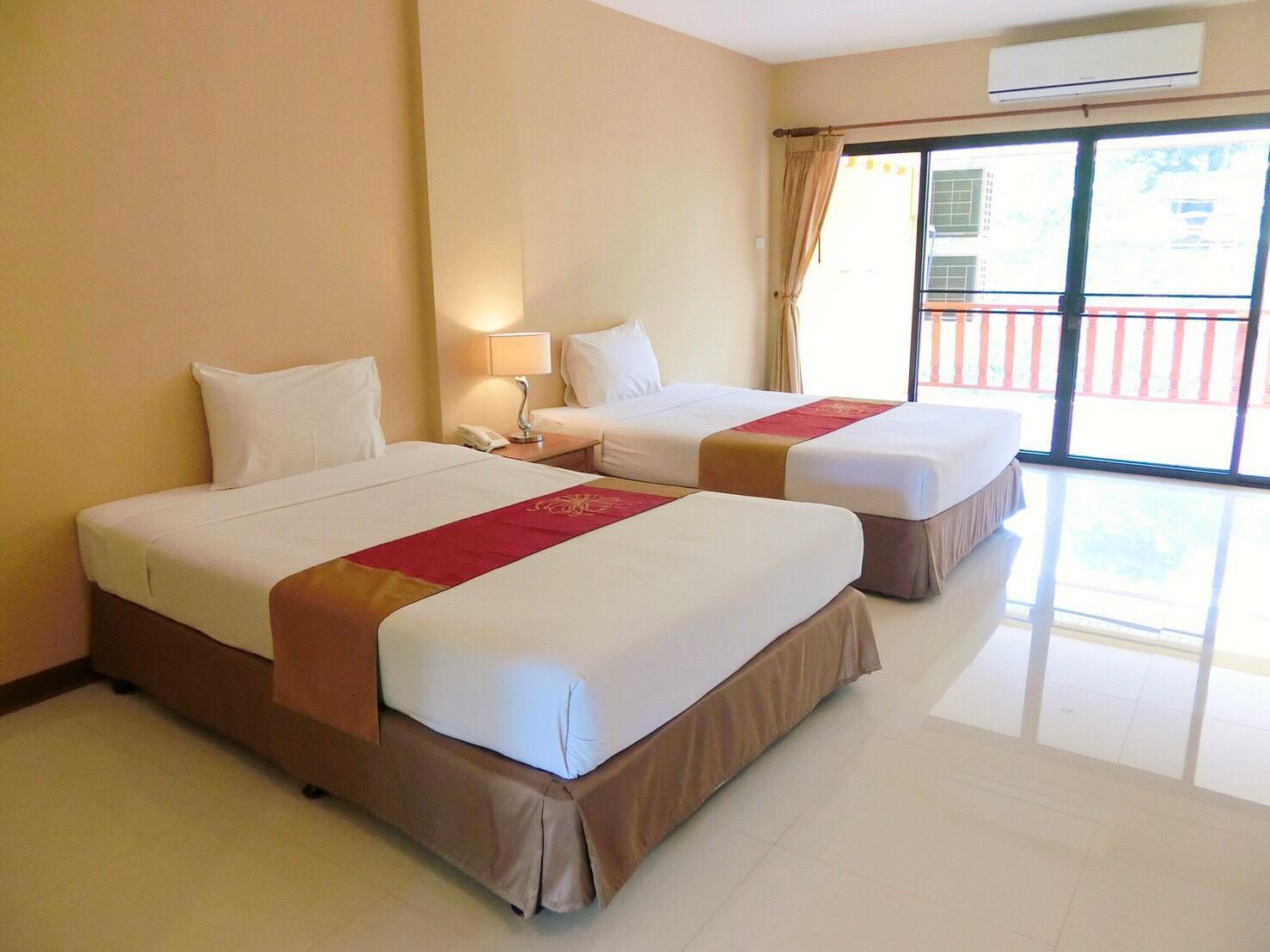Arunvit Resort Reviews