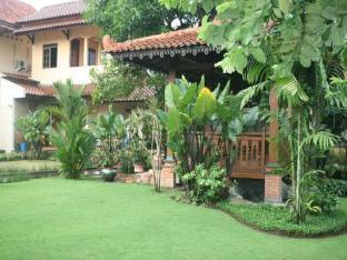 Budget Double 1 at Kraton Homestay Yogyakarta Kota