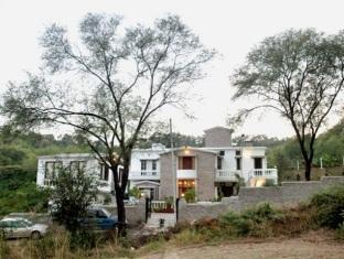 Siswan Jungle Lodge