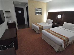 picture 5 of Casablanca Suites