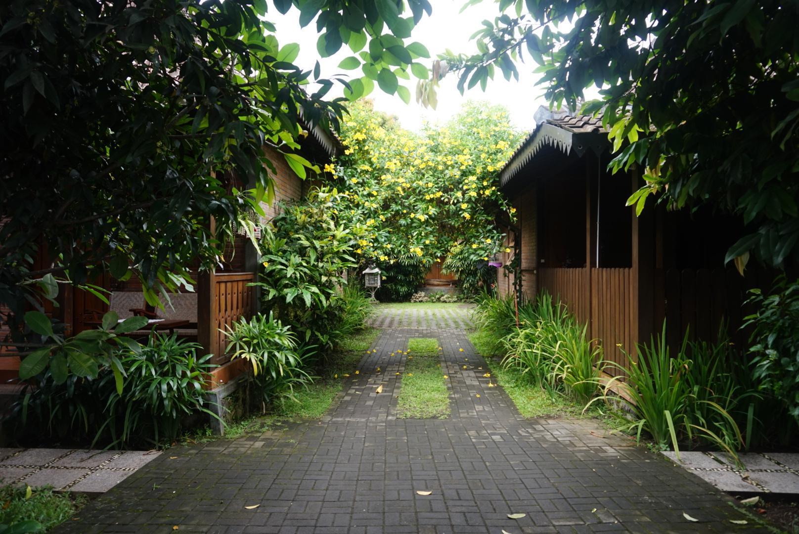 Ndalem Suryo Saptono Room Bima