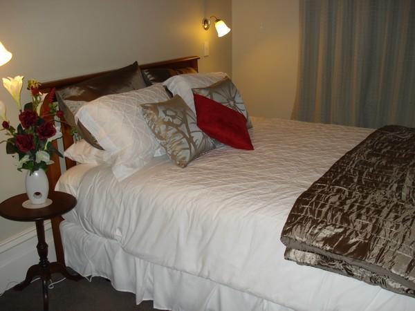 Hazel House Boutique Bed & Breakfast