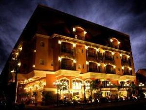 Villa Caceres Hotel