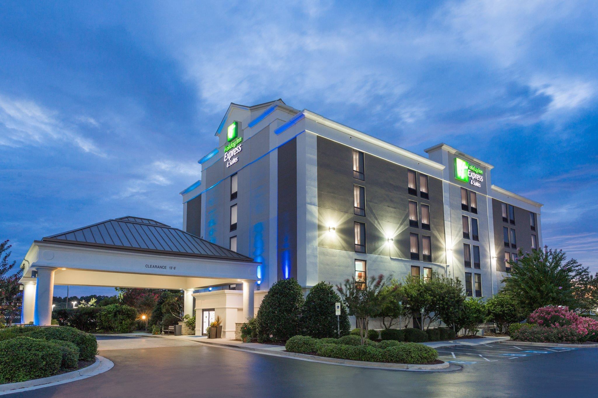 Holiday Inn Express Hotel And Suites Wilmington University Ctr