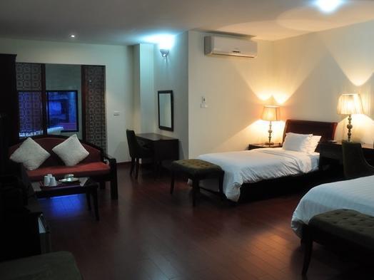 Green Mango Hotel 2