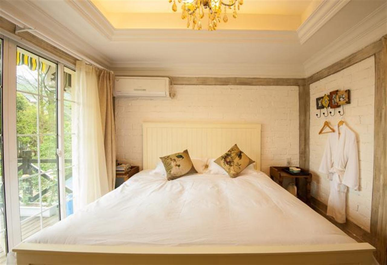 YUNQI XIAOZHU STAY Double Bed Private Studio With Terrace