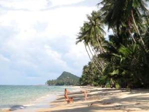 關於班坡度假村 (Bangpo Village)