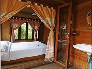 バーン トン マイ リム ナム リゾート Baan Ton Mai Rim Nam Resort