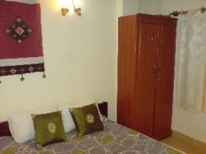 Hanoi Home Hotel