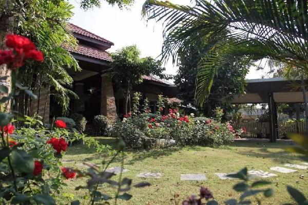 Rose garden Villa Chiang Mai