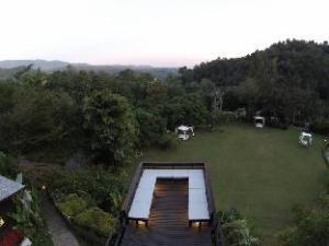 Hill Lodge hakkında (Vanilla hill (hill lodge))