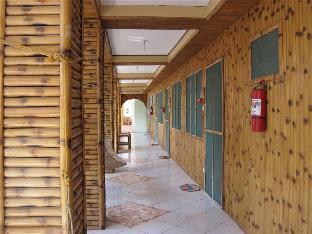 picture 3 of Sanders White Beach Resort