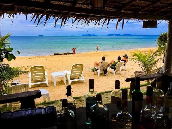 Lanta Mermaid Beachfront Koh Lanta