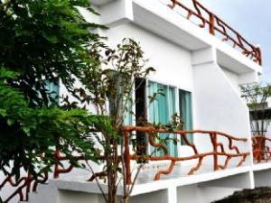Suanmaihom Resort & Souvenir City
