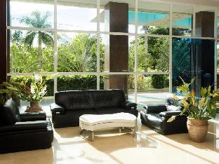 picture 3 of La Mirada Hotel