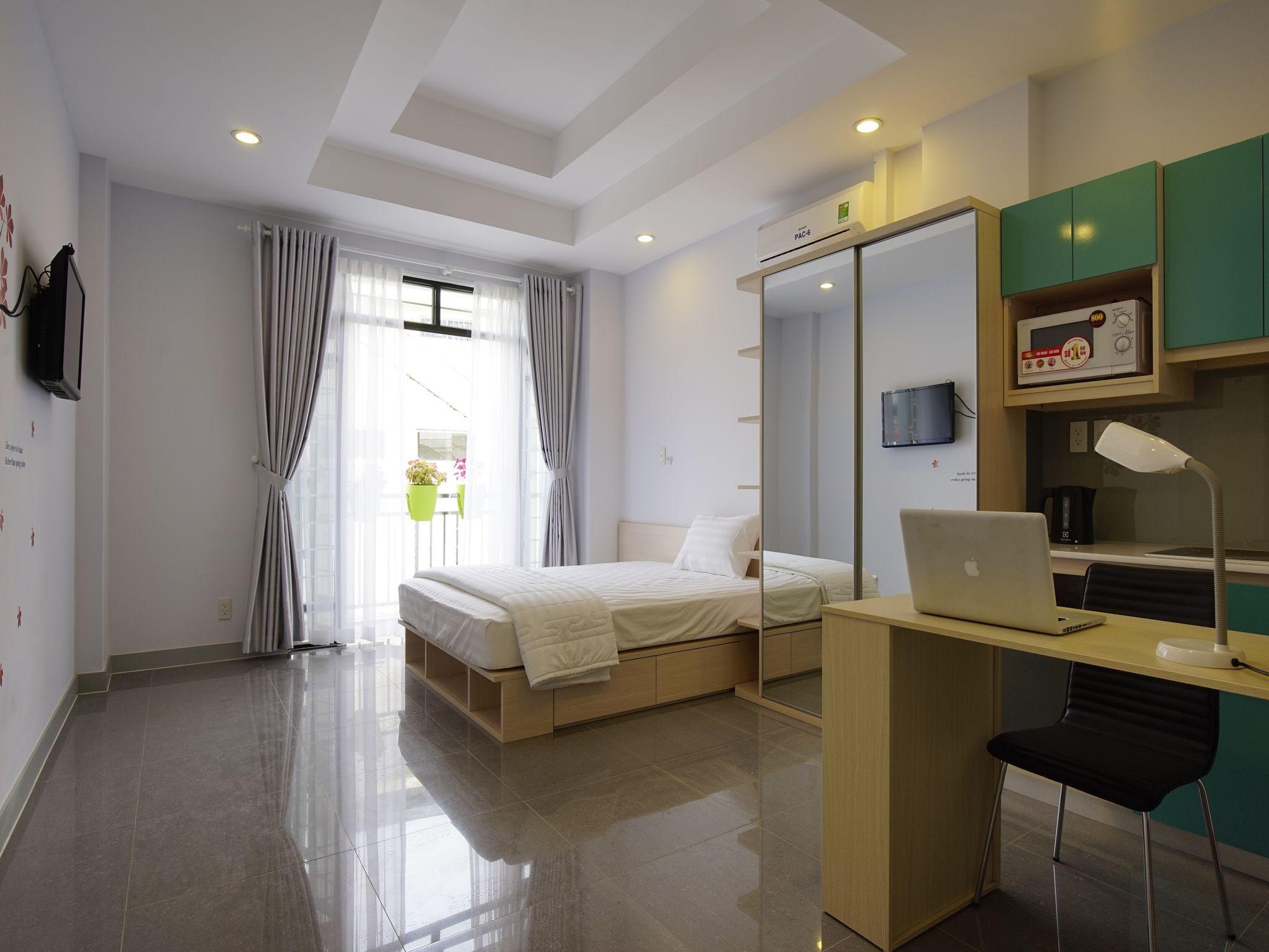 Babylon Central Serviced Apartment Studio Balcony4