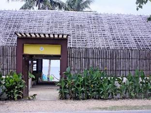picture 5 of MangoRiders Beach Club