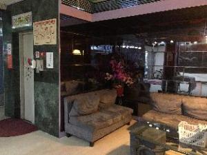 Ruei Cheng Hotel