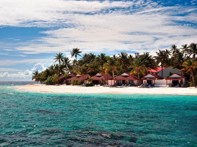 Diamonds Thudufushi Beach Water Villas