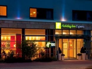 Holiday Inn Express Liverpool Hoylake