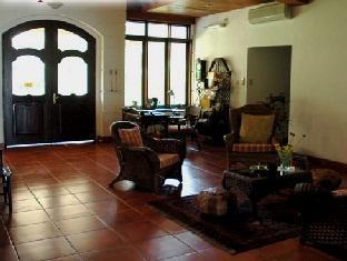 picture 4 of Las Flores Hotel