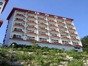 Goodstay Jangseungpo Beach Hotel