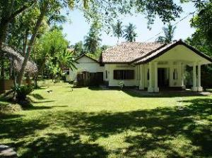 卡萨卢瓦别墅酒店 (Villa Kathaluwa)