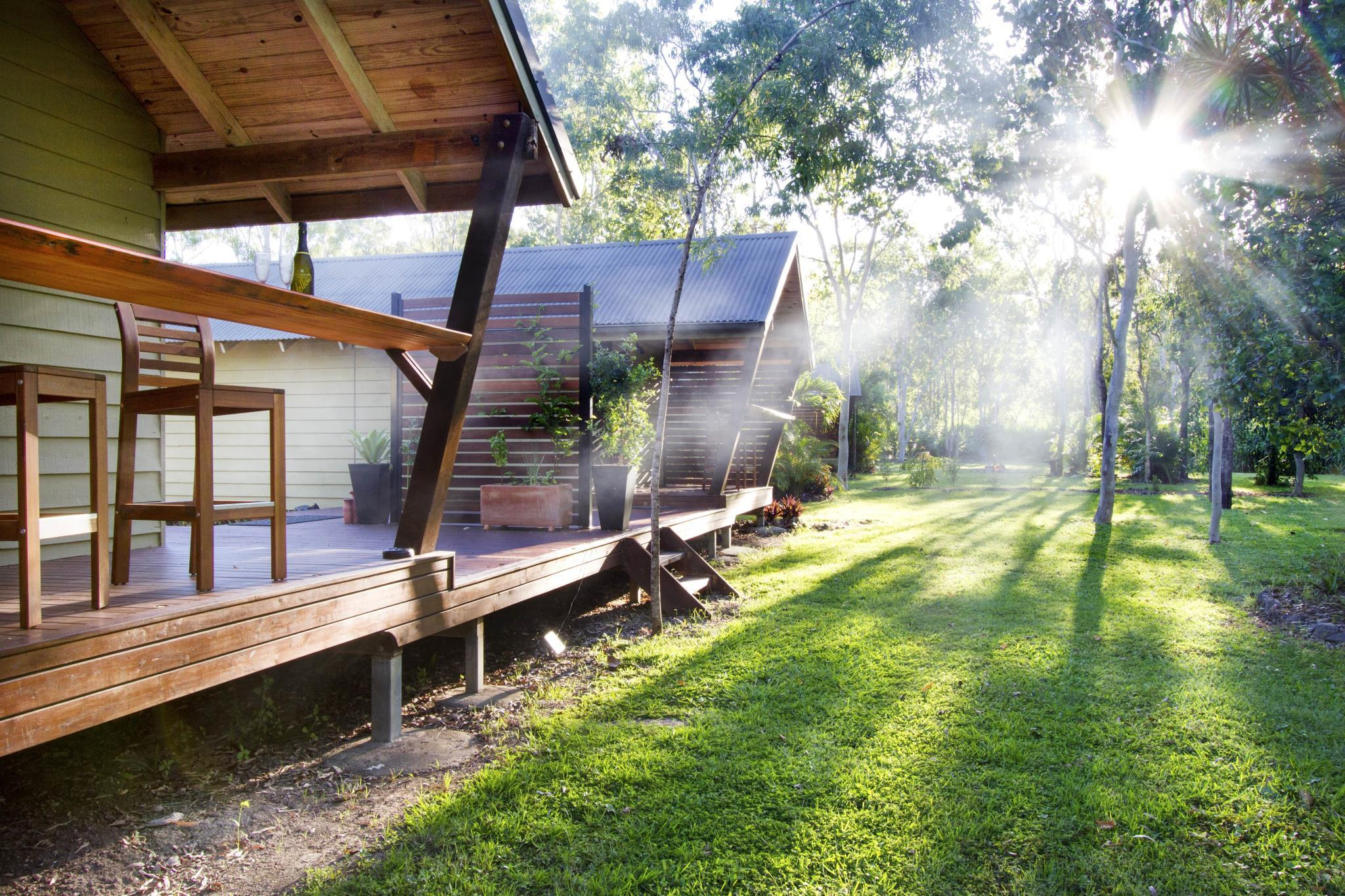 AIRLIE BEACH ECO CABINS Nestled In Nature