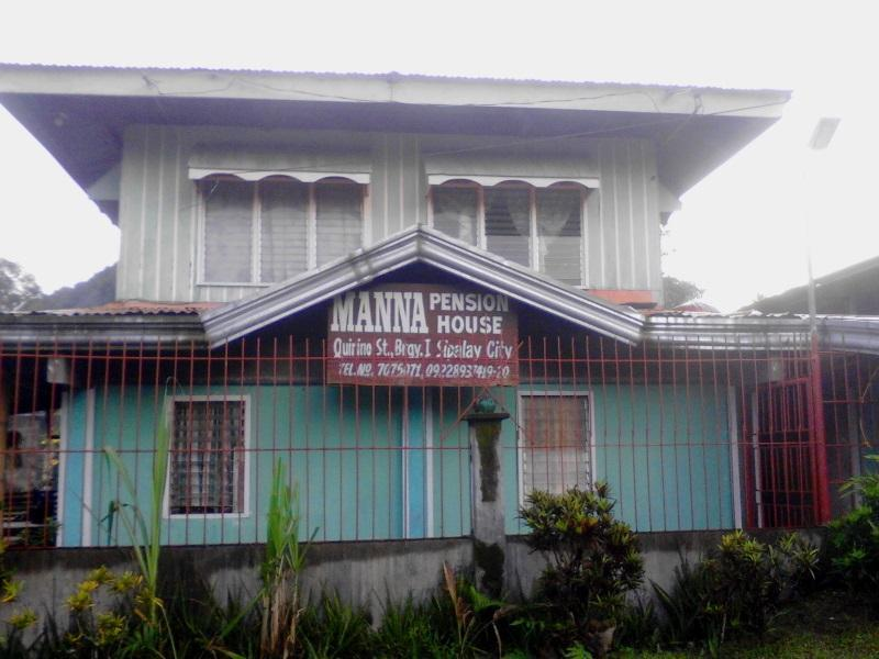 Manna Pension House   Sipalay
