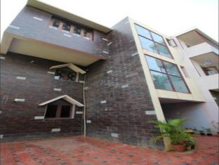 Pool View Residence - Bangalore