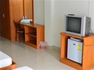 Фото отеля Yong Dee Apartment