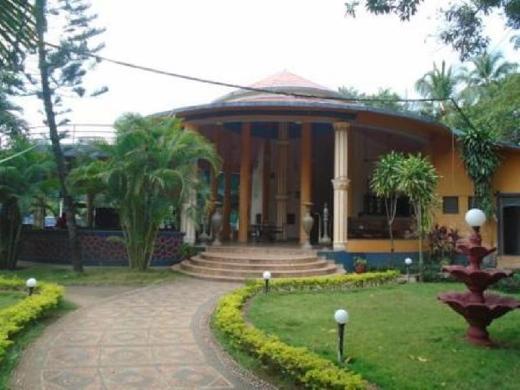 Tiara Lotus Inn