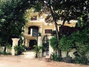 River Village Manor