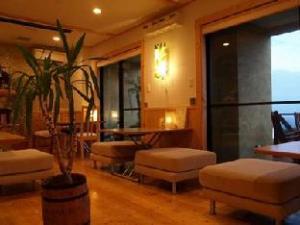 Tsukiyado Luck Hotel