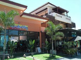 Front Beach Hotel