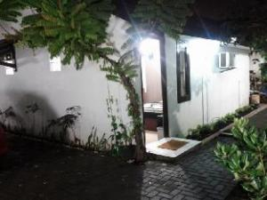 D'Purioka Guest House