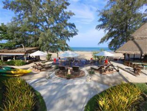 Lanta Castaway Beach Resort Koh Lanta