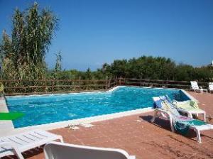 Costa Paradiso Resort