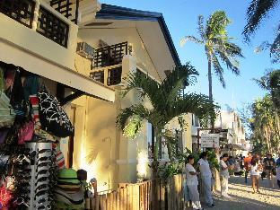 picture 5 of Casa Fiesta Resort