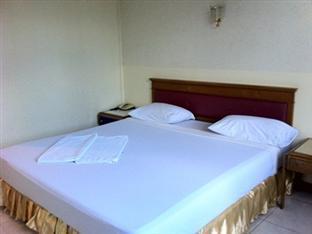 リバー グランド ホテル River Grand Hotel